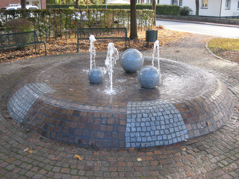 granitkugelbrunnen-bodenduesen2_4x3_web.jpg